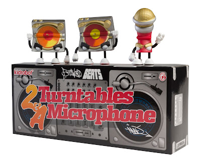 Kidrobot - 2 Turntables & A Microphone Mini Figure 3 Pack and Packaging by MAD