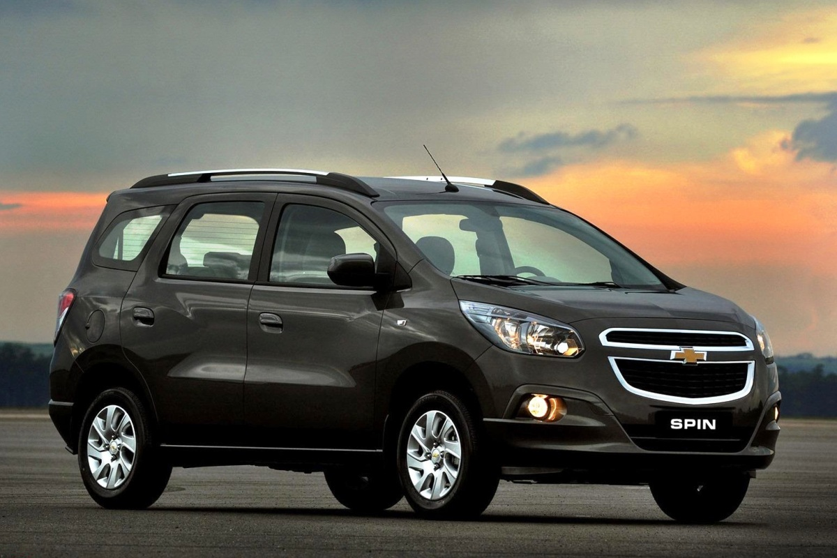 Chevrolet Spin. Majalah Otomotif Online