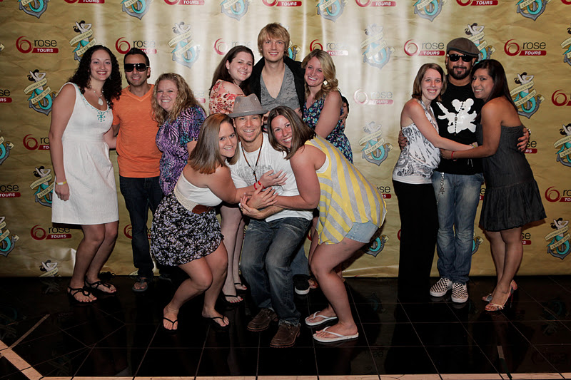 Cruising with the backstreet boys recap 2011 day 3 the goal was for everyone to do the huggy pose we almost nailed it but not quite m4hsunfo