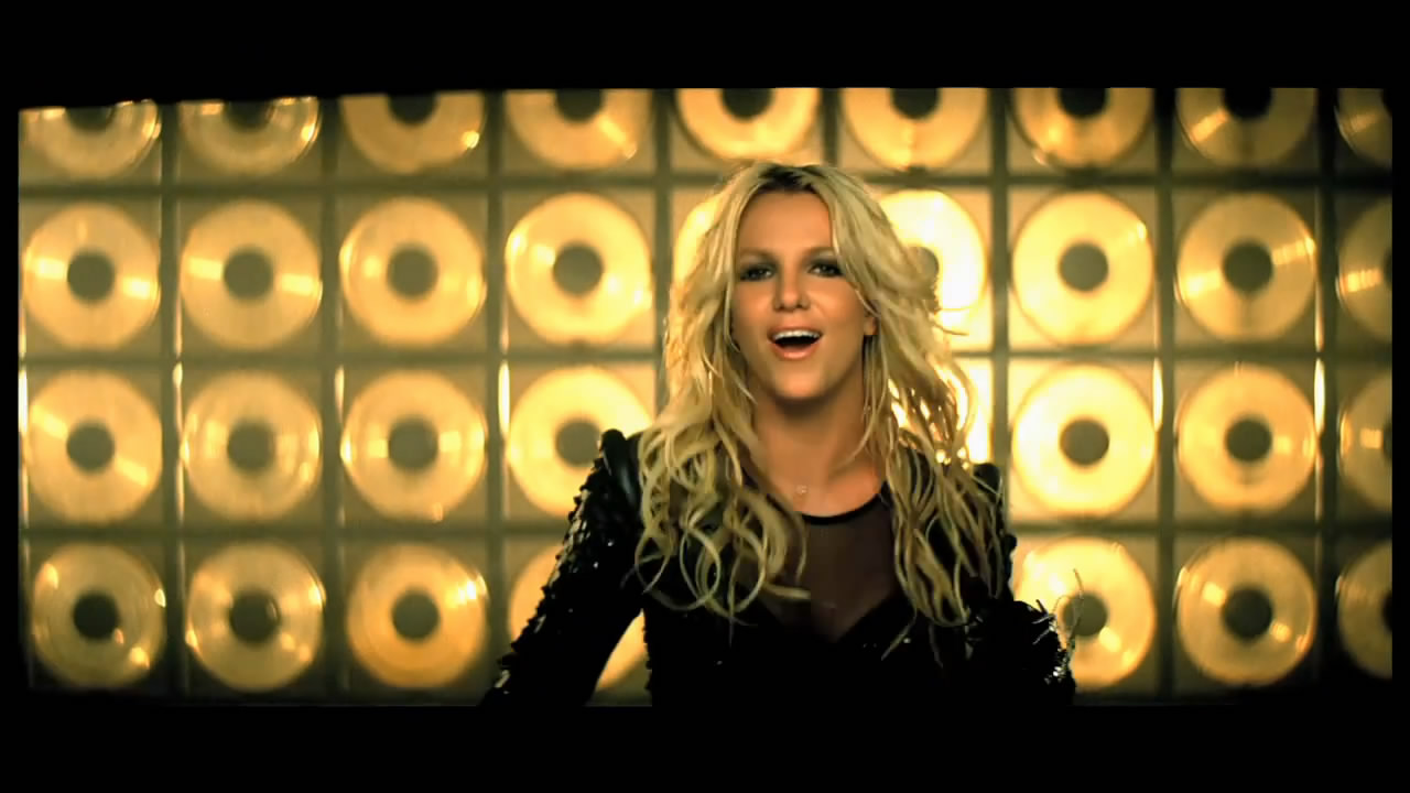 Labels: britney spears , femme fatale , Till The World Ends