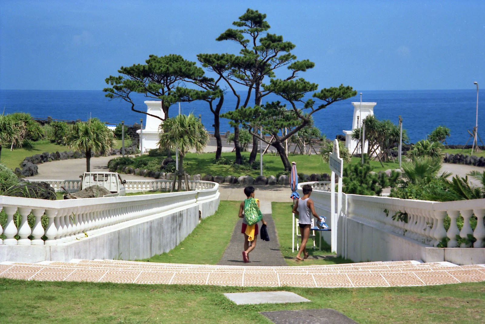 八丈島,ホテル,前庭,海,オーシャンビュー〈著作権フリー無料画像〉Free Stock Photos