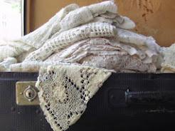 Gamle tekstiler til salg