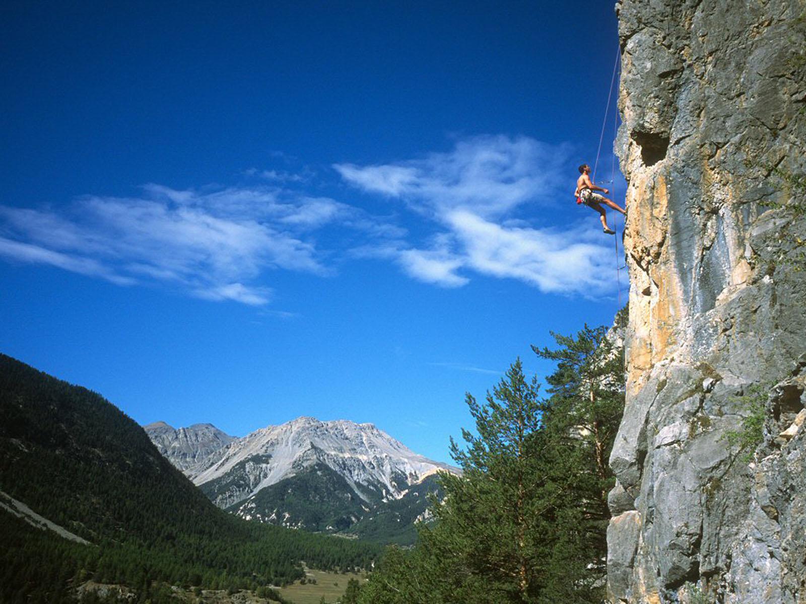 http://2.bp.blogspot.com/-D1haCBVVlnc/T2rHsGdP-II/AAAAAAAABM0/Nn4X3AO7t_8/s1600/Rock+Climbing+Wallpapers+3.jpg