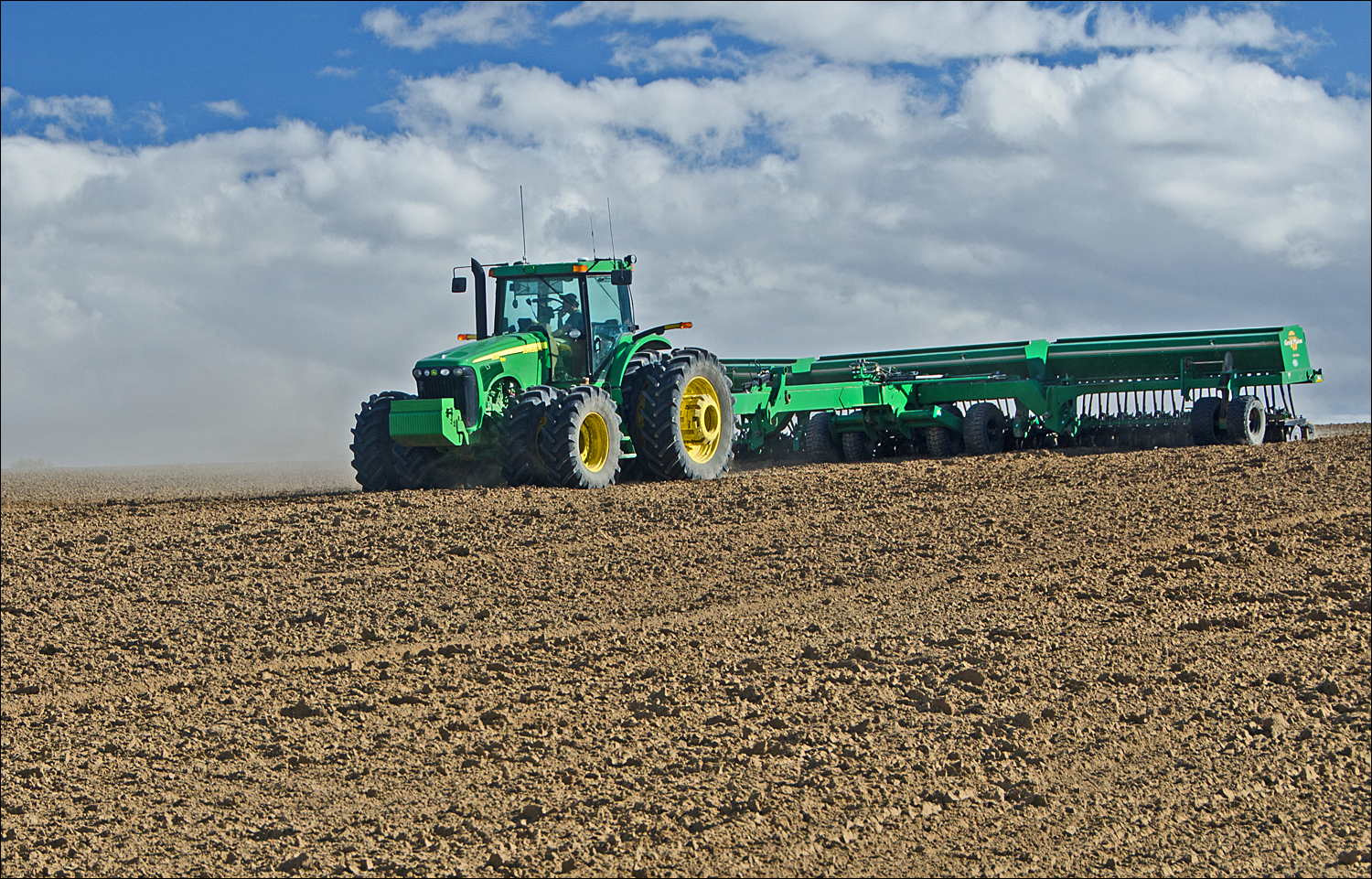 Pea planting in the Columbia Basin on Frenchman Hills.