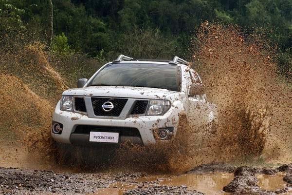foto do carro Novo Lançamento da Nissan o Frontier 2014