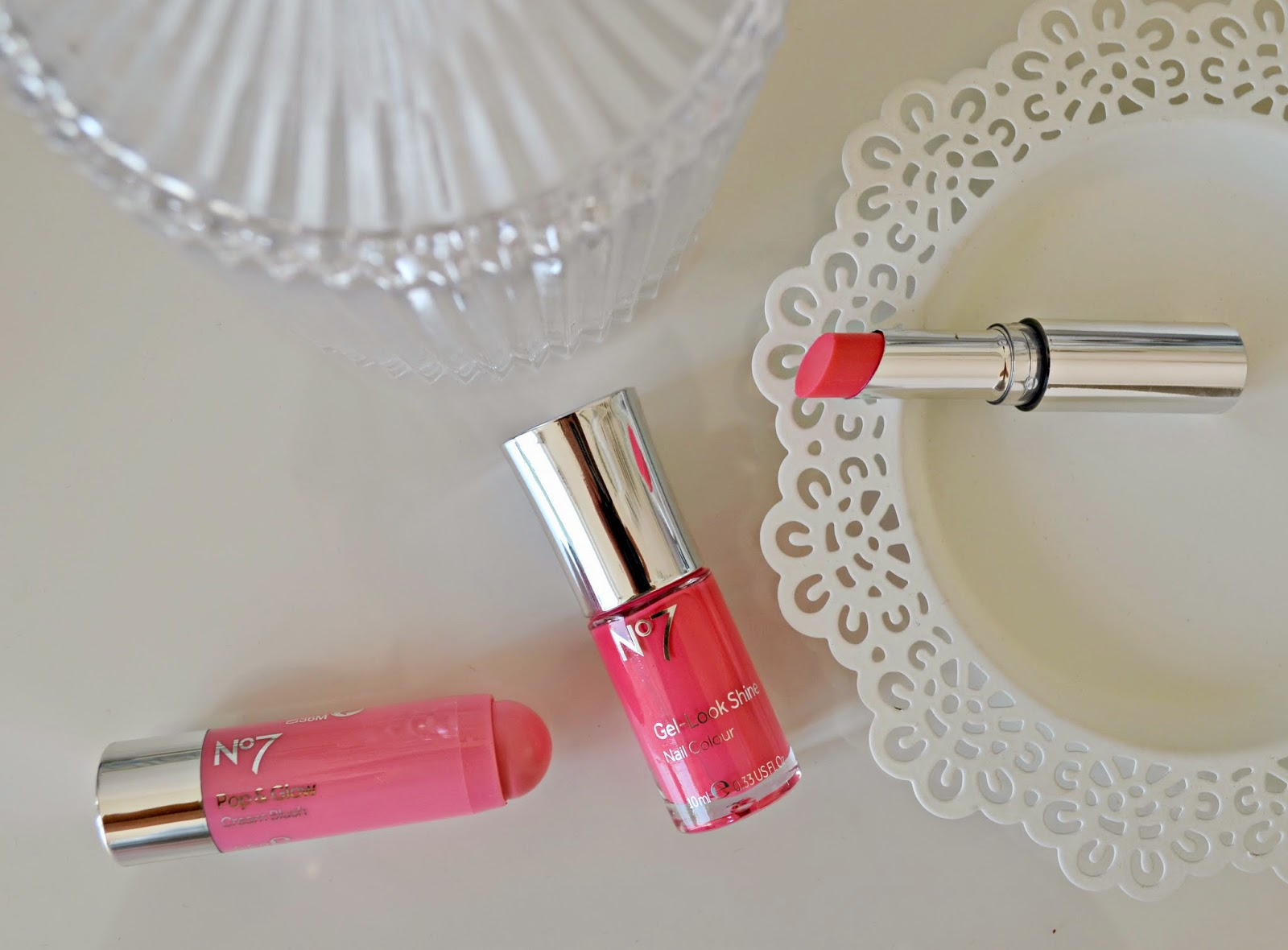 no 7 Pink Summer Collection