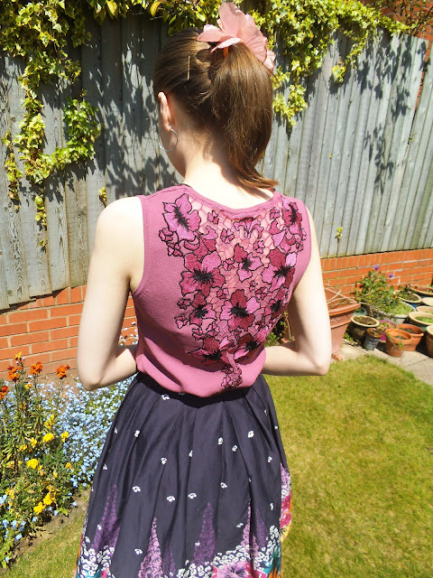 summer rockabilly outfit style via lovebirds vintage