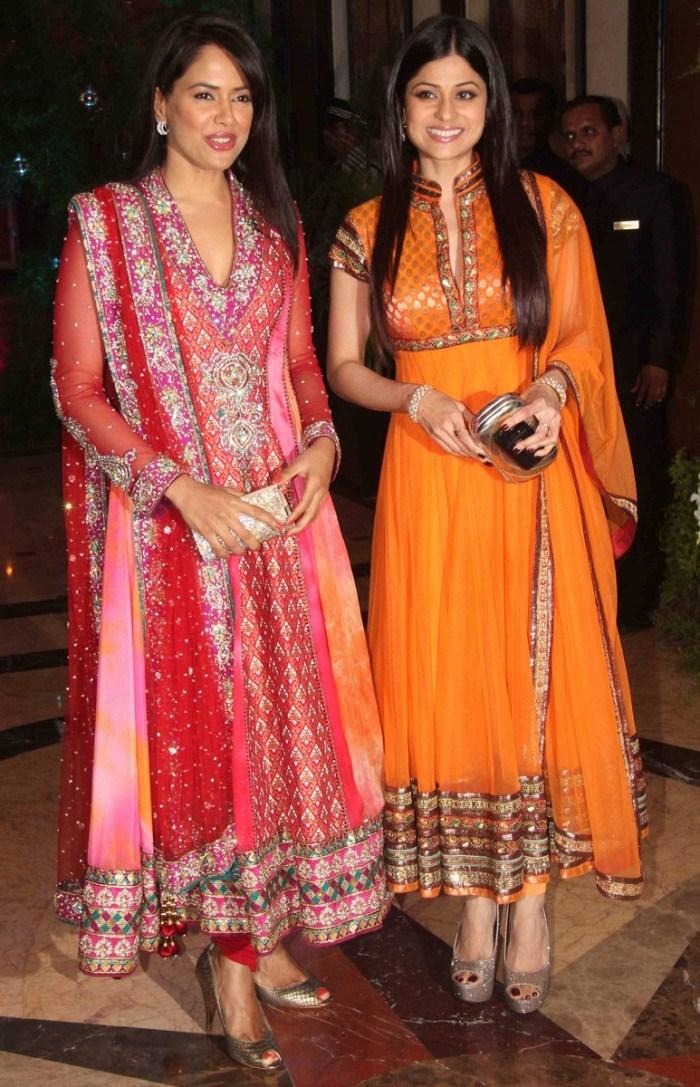 Dress Of Kareena Kapoor & 20+ Images 2017-2018 - Gossip Style