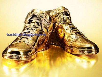 Sepatu Emas