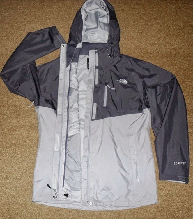 The North Face Women's MOUNTAIN LIGHT GORETEX