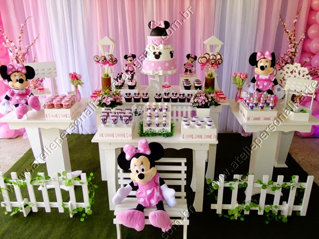 Decoração de festa infantil Minnie Rosa provençal