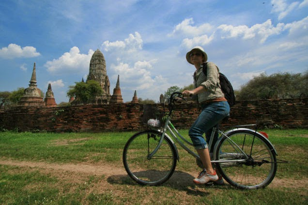 Rent+a+bike+and+take+a+ride+in+the+Ayutthaya+historical+park+when+you+visit+Thailand.+-+18+Amazing+Places+You+Should+Ride+Your+Bike+Before+You+Die.jpg