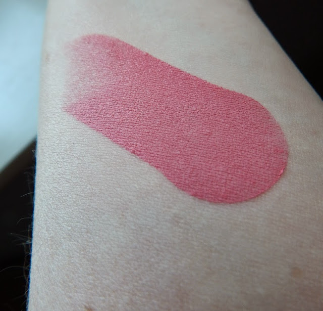 Make Up Revolution One Blush Stick