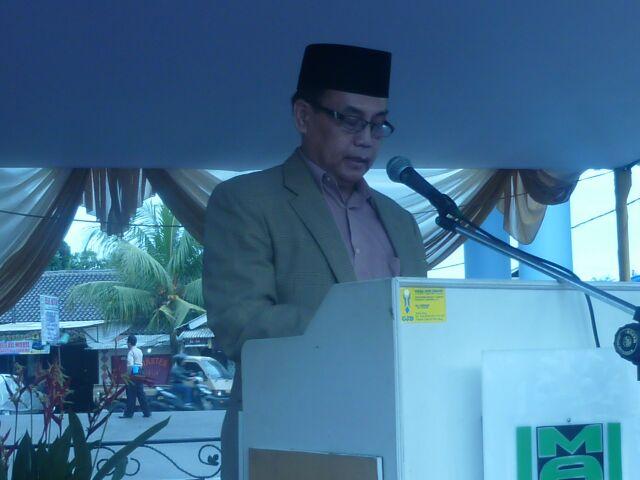 Khotib: Brigjen. Pol. Dr. H. Anton Tabah