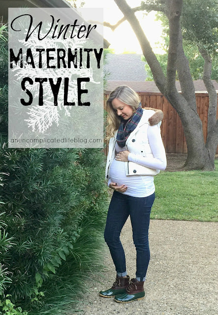 Winter maternity style. How to look cute pregnant this winter by layering fabrics to stay warm and fashionable in maternity clothes