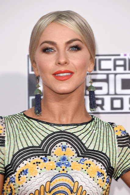 Actress, Singer, @ Julianne Hough - American Music Awards in Los Angele