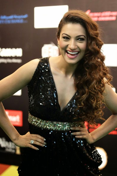 Gauhar Khan hot HD Wallpapers 2014