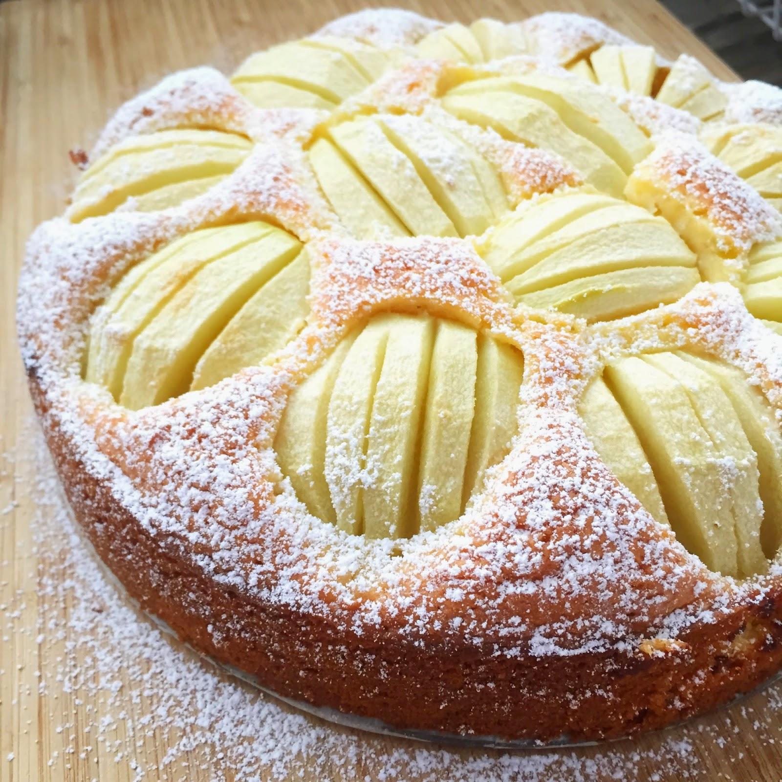 Samelia's Mum: Apple Cake Recipe (Non Thermomix)