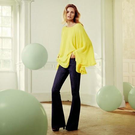 blusón amarillo y pantalón campaña El Corte Inglés anuncio