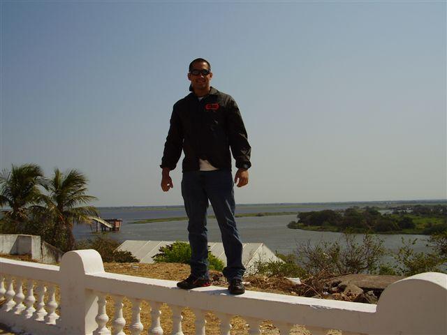 Werner - ao fundo o Rio Paraguai - em Corumbá