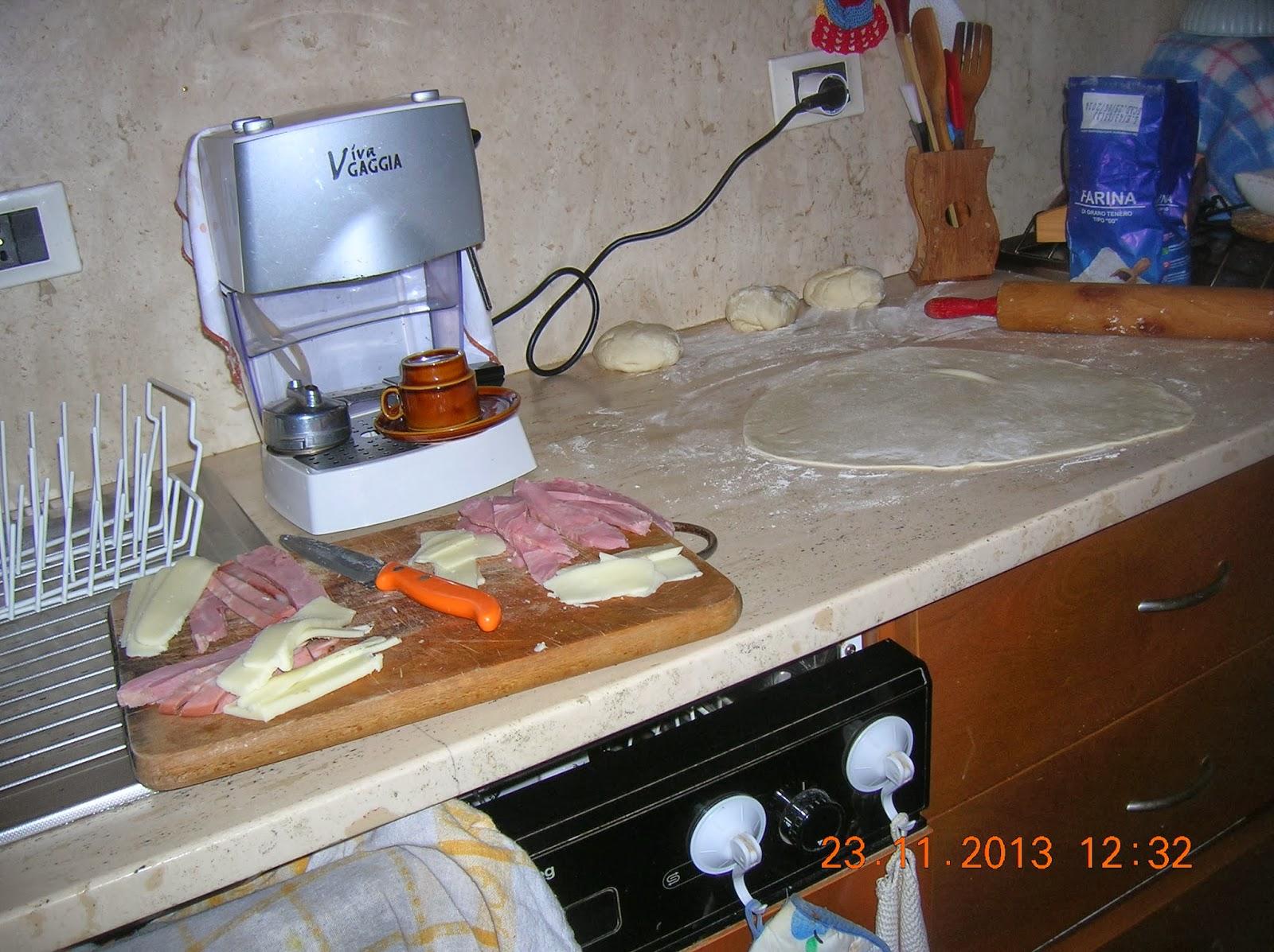La cucina casalinga di marylen il mio ristorante virtuale per voi e consigli vari panzerotti - Cucina casalinga per cani dosi ...