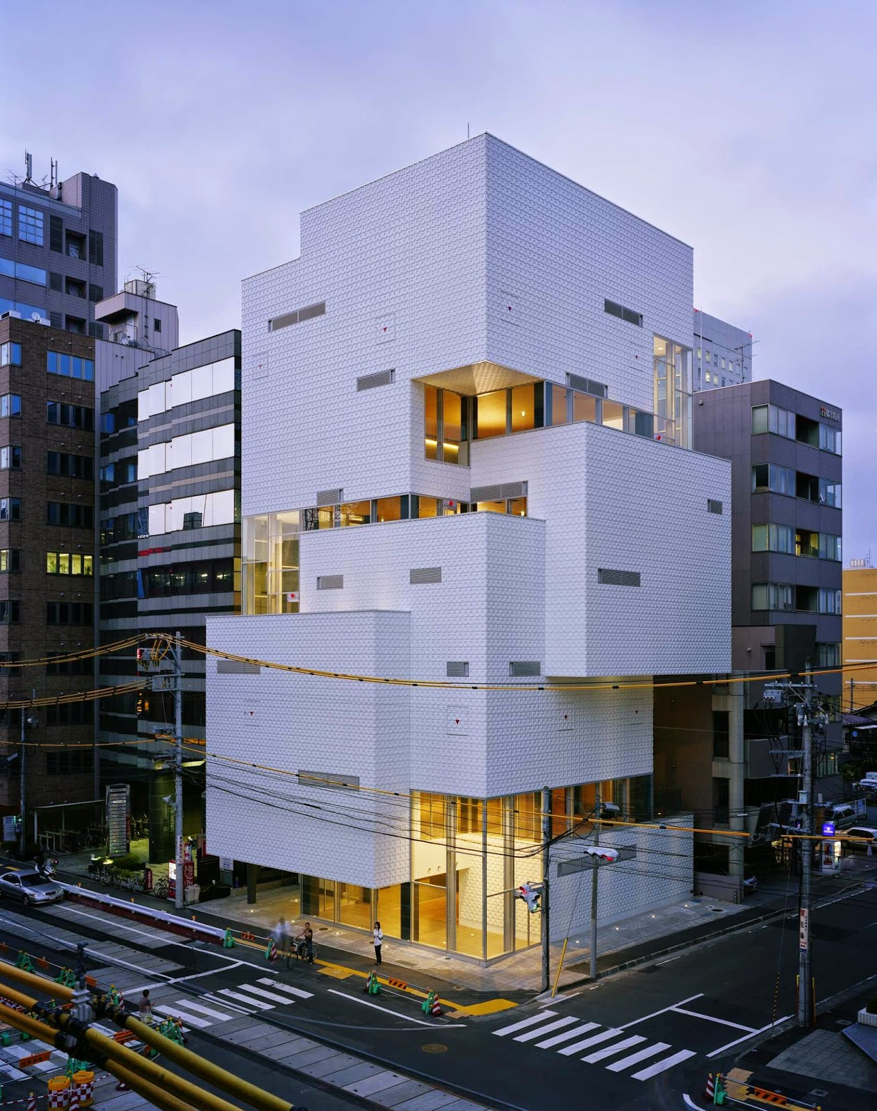 Ftown building architect atelier hitoshi abe japan for Architecture moderne