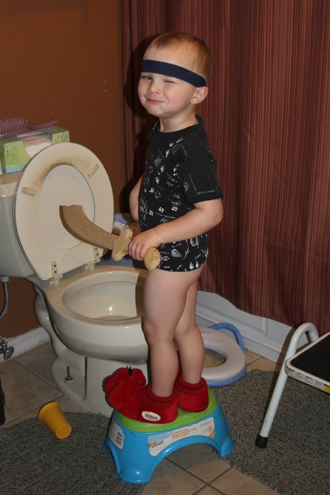 Little Boys Potty Training - Hot Girls Wallpaper.