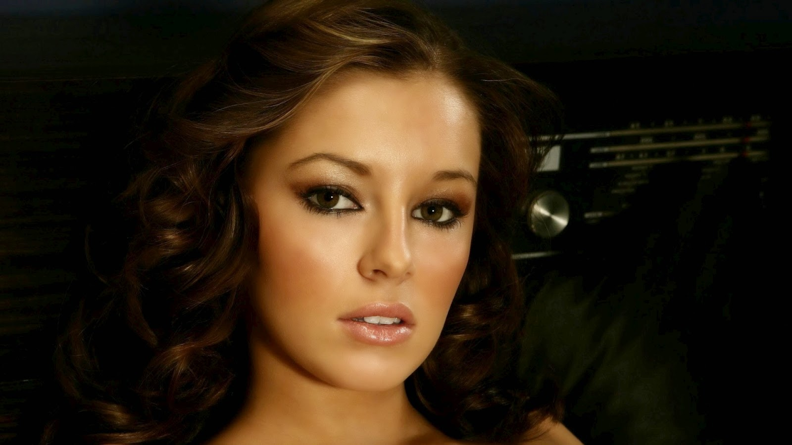 keeley hazell downloads backgrounds - photo #11