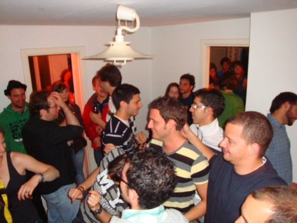 Gane dinero organize fiestas en casa idea de negocio - Casa para fiesta ...