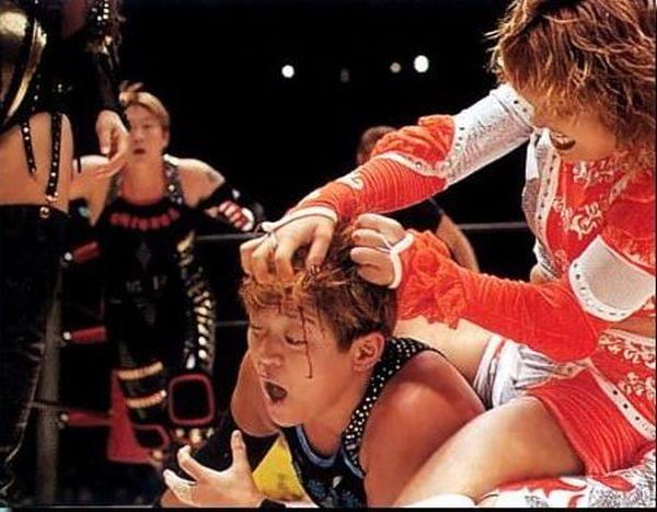 Akira Hokuto wrestling Lioness Asuka in Japan
