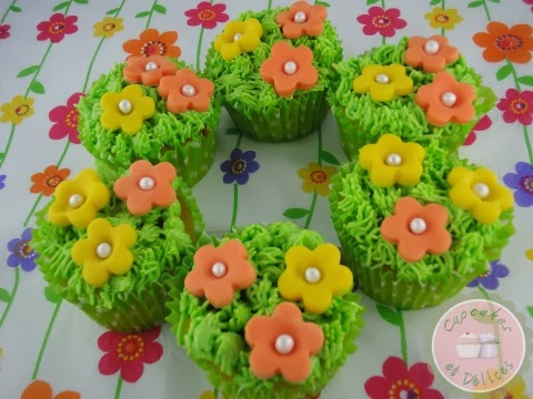 cupcake+herbe+et+fleurs+p%25C3%25A2te+%25C3%25A0+sucre+3