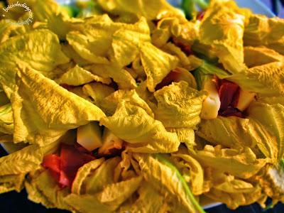 fiori di zucca ripieni e impanati
