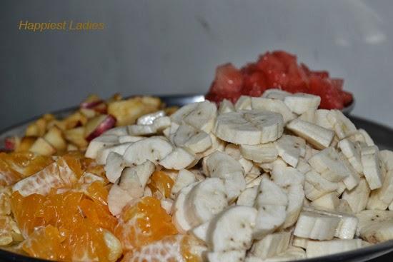 Fruity-Breakfast-+-fruit-shakes
