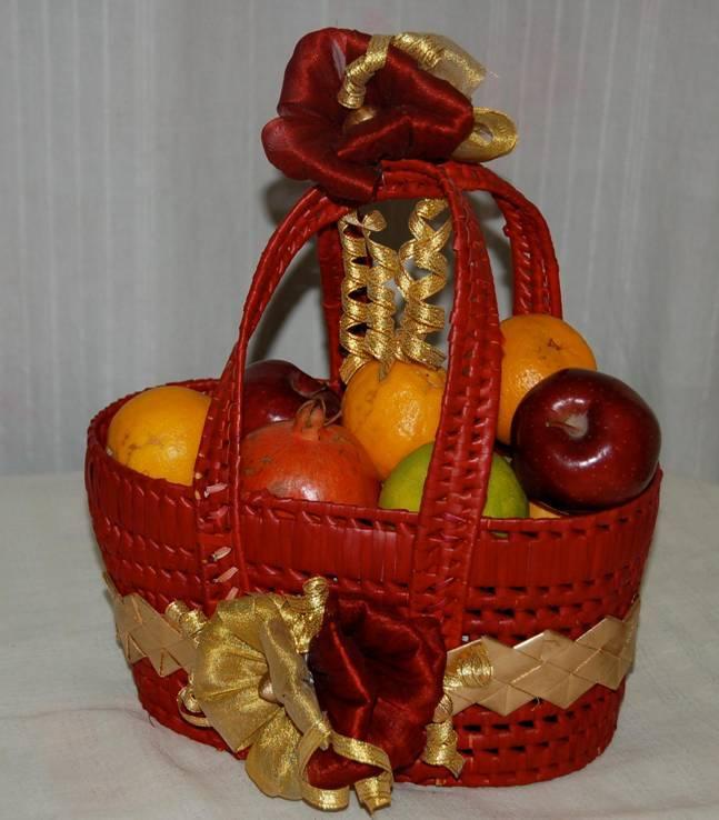 Gift Baskets For Indian Weddings : decorative palm leaf basket