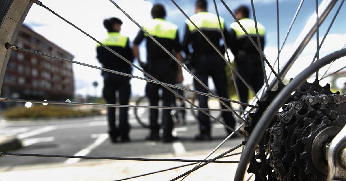 Bicicletas ciudades viajes apatrullando la ciudad en - Espacios verdes logrono ...