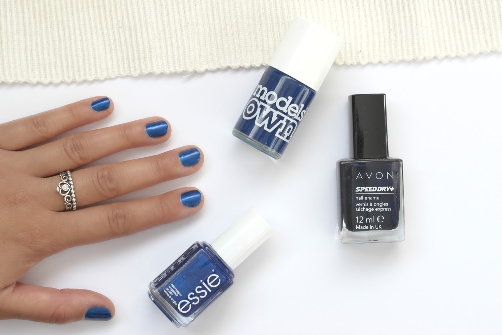Beauty Dark Blue Nails