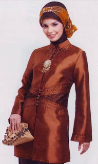 Baju muslim modis sederhana