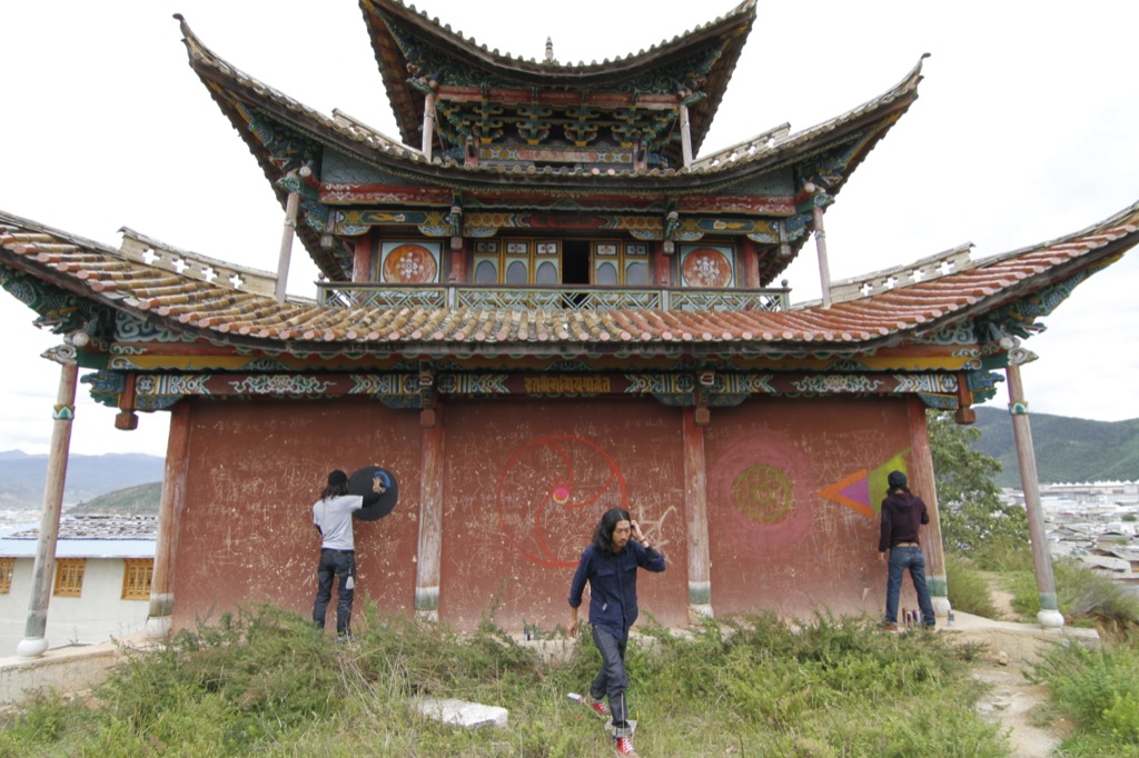 lijiang guys Open source, wiki travel guide to lijiang with information, photos, activities, maps, travel tips and more make money by contributing your knowledge of lijiang and help others.