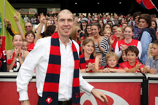 jim stynes in front of demons fans after melbourne win data 30 Irish Sports Documentaries That Need To Be Made