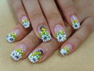 flor decoração de unhas