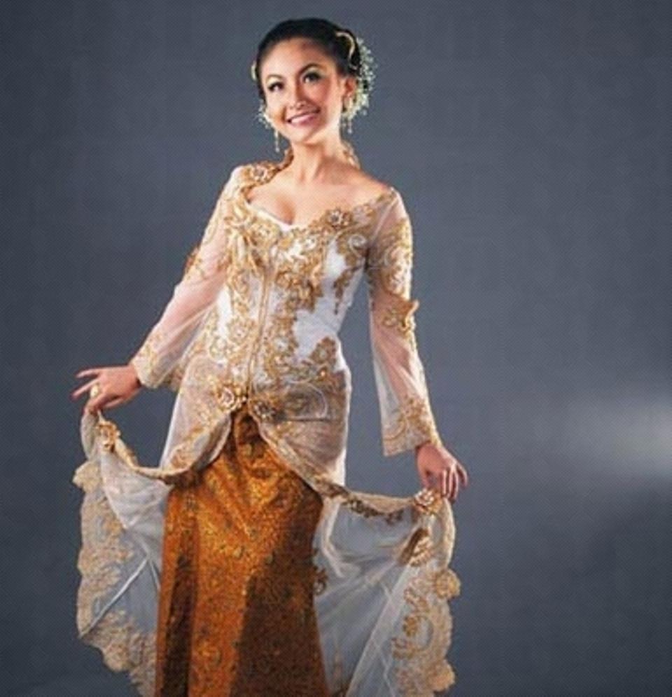 contoh model baju kebaya modern terbaru cocok juga untuk pengantin