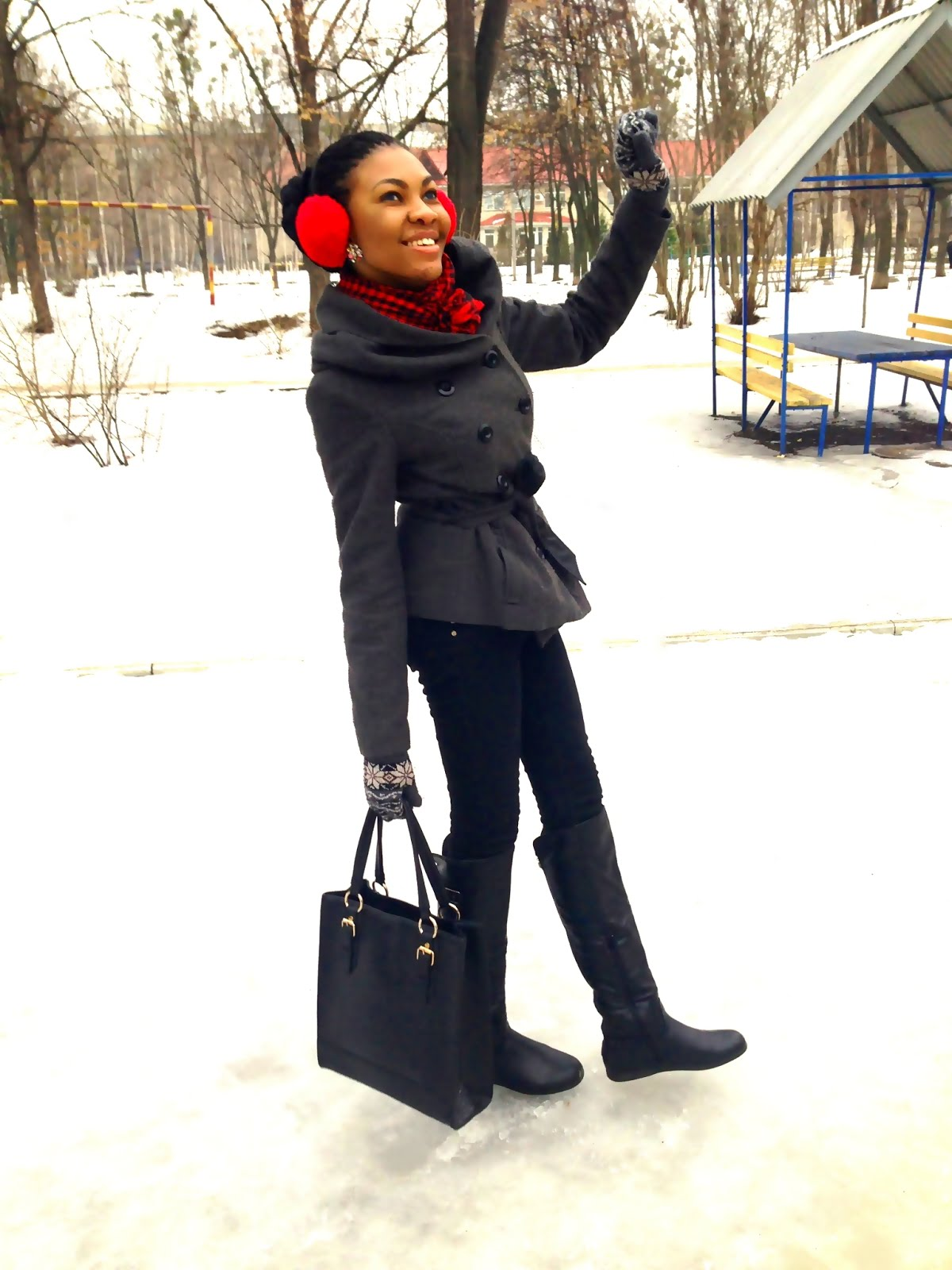 Nigerian fashion blogger modavracha winter outfit
