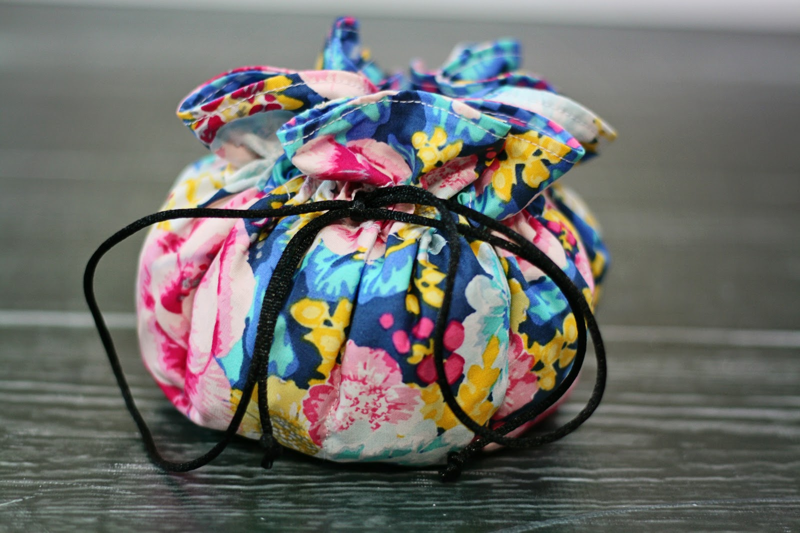 Fat quarter gang jesss jewelry pouch by create kids couture art art gallery fabrics the creative blog solutioingenieria Choice Image