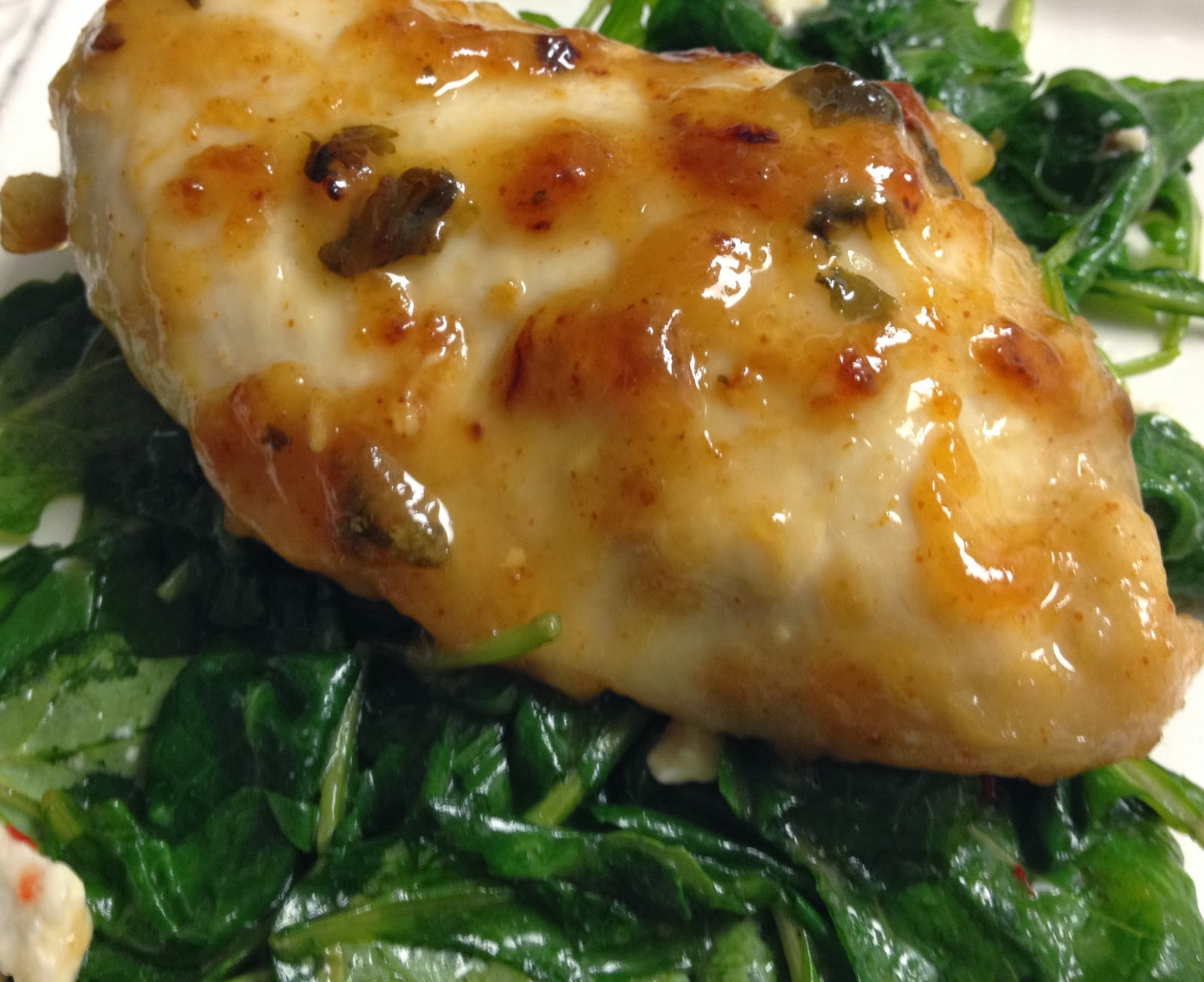lime-marinade chicken served with sweet chili kale)