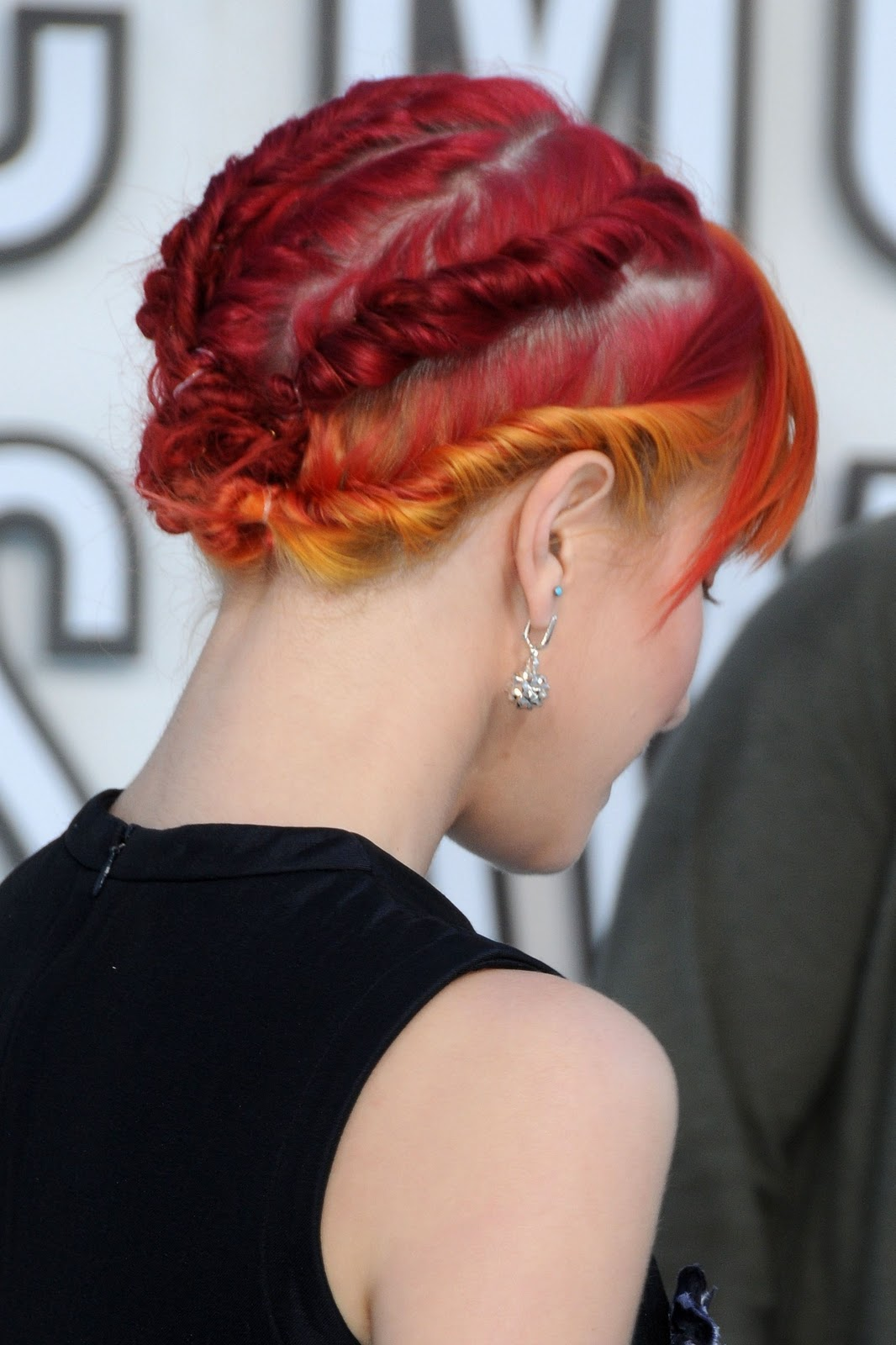 Emo Hairstyles | Emo Haircuts: Hayley Williams Fashion Emo Hair Trends