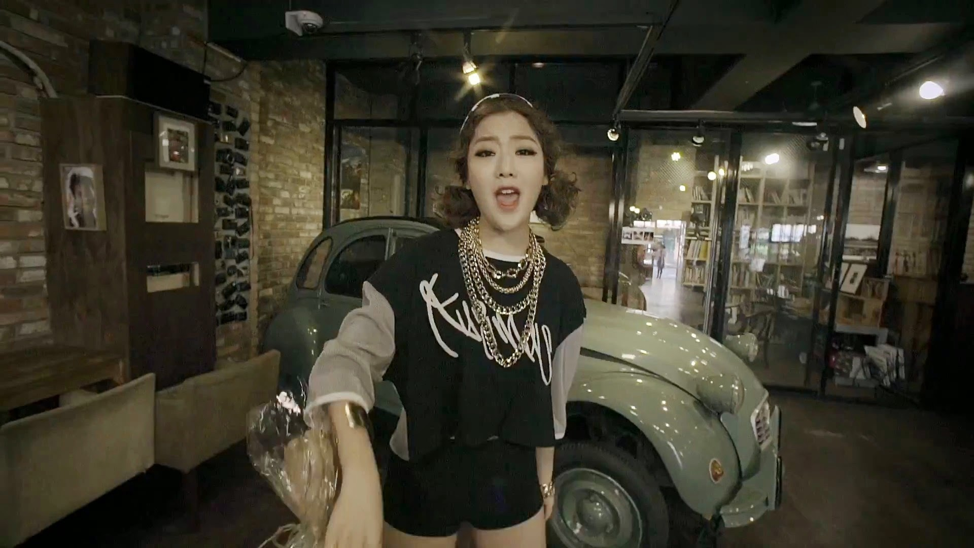 Kisum in Kisum x Lil Cham x Jace x Bora x Adoonga Feedback MV