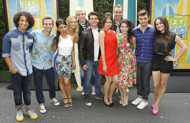 """Protagonistas de la película """"Teen Beach 2"""" que es la segunda parte de """"Teen Beach Movie""""."""