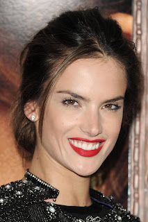Alessandra Ambrosio Hairstyle Photo Gallery