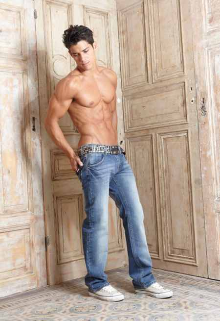 Crazeemen Handsome Young Men In Jeans