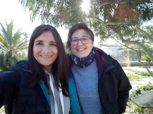 Esther y Rebeca,madres cristianas, amigas  y colegas en esta locura maravillosa del homeschooling